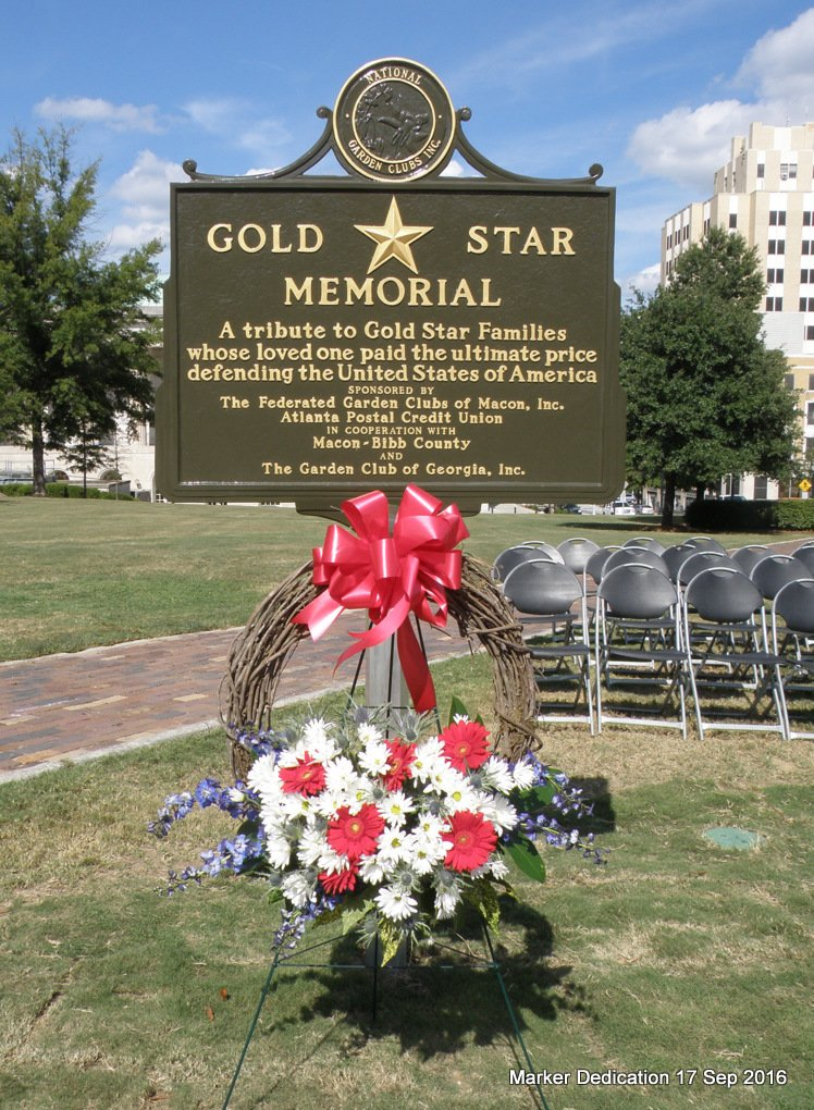 Gold Star wreath